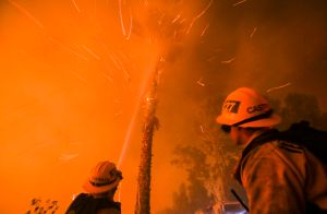 US-WEATHER-FIRES-CALIFORNIA