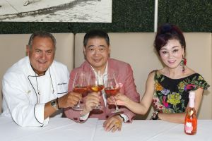 Celebrity Chef Antonio Cagnolo Introduces Chinese Italian Menu