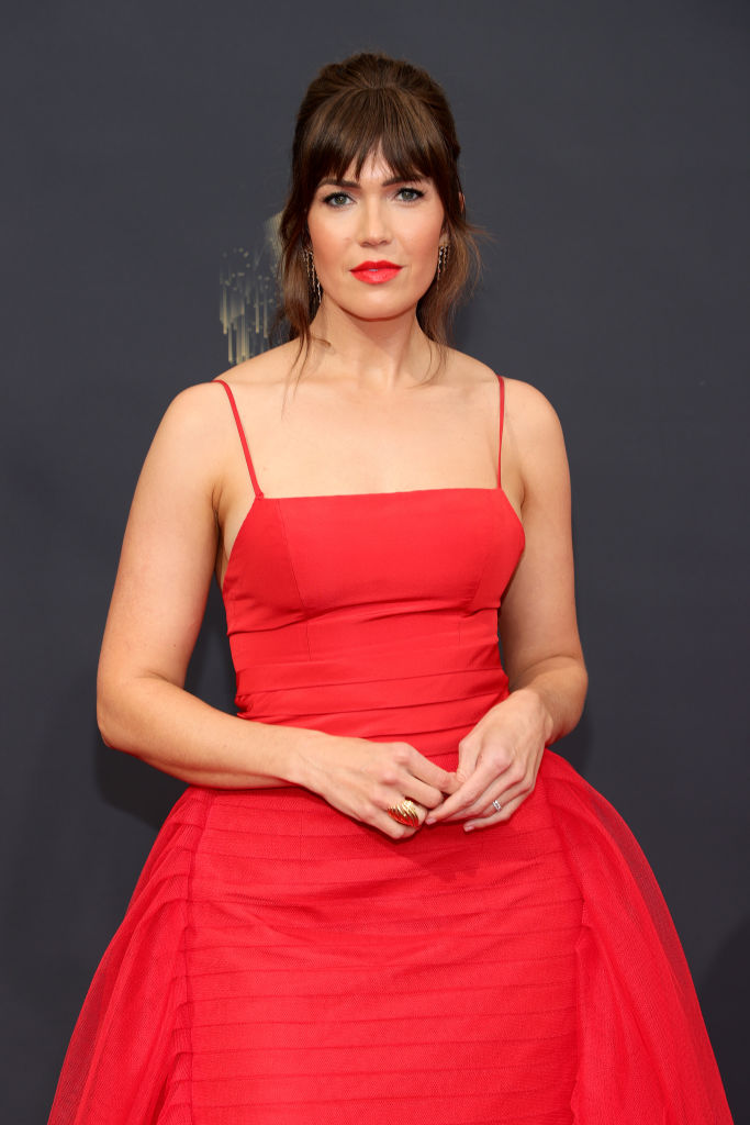 All the Lewks & Hot Mess from the 2021 Emmy Red Carpet: Mandy Moore