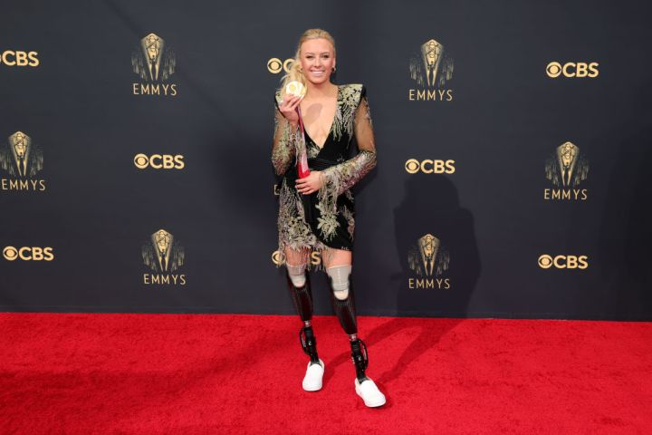 All the Lewks & Hot Mess from the 2021 Emmy Red Carpet: Jessica Long
